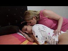 Sirenita Fuentes despierta a Helena Danae para ...