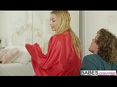 Babes - (Alexa Grace) - Moving Day