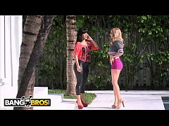 BANGBROS - Lexi Belle and Rose Monroe Getting F...