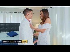 Milfs Like it Big - (Ariella Ferrera, Jordi El,...