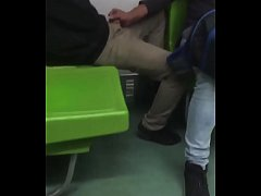 Chaqueta en el metro