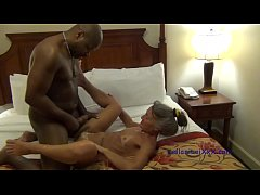 Milf Gets Unclogged by Plumber