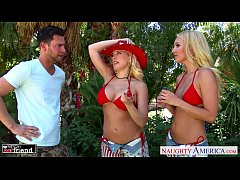 Blondes Aaliyah Love and Kagney Linn Karter sha...