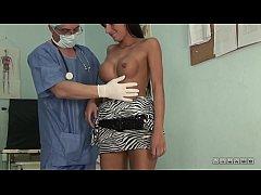 Help me Dr. Dick! vol.4