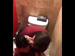 Mujeres se cojen en el baño, Parte 1