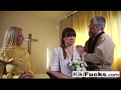 New sister wife joins the family by blowing her...