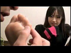 cute japanese foot worshippp