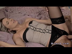 Blonde milf in lingerie fucking in bed   XVIDEO...