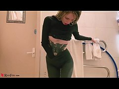 Fantastic Girl Passionate Play Pussy in the Best Friend's Bathroom
