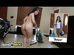 BANGBROS - Jmac Turns Out His Deliciously Thicc...