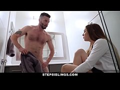 StepSiblings - Cute Stepsis (Summer Brooks) Sed...