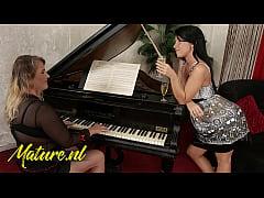 Gorgeous Teen Seduced Her Busty Piano Teacher
