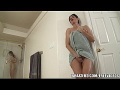 Brazzers - Stepmom and teen have some fun in th...