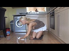 Cleaning in the kitchen - boobs-out - spy video