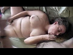 Sexy Cheating Wife MILF Fucks Neighbor Mature B...