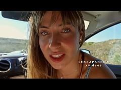 Adolescente RUBIA INCREIBLE HACE UNA MAMADA A U...