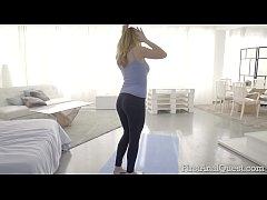 Russian teen Ellen Betsy ass-gaped for the firs...