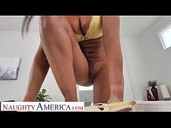 Naughty America Kassandra Kelly (Rachel Starr) ...