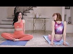 Bitchy Yoga Girls Eat Pussies - Whitney Wright,...