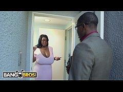 BANGBROS - Ebony With Natural Big Tits Maseratt...