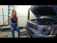 Roadside - Hot Mom Fucks Mechanic To Get Her Ca...