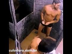BBB18 - Breno mostrando o pau no banho - Insta:...