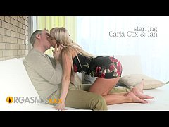 ORGASMS HD Hot young blonde makes his cock rock...