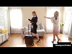 Lesbian Sales Woman Sara Jay Cunt Fucks Creamin...