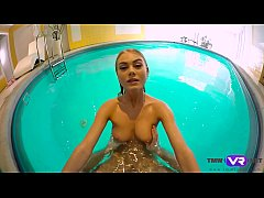 Tmw VR net - Nancy A - SLENDER BLONDE SWIMMER F...