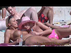 teens lesbians public kissing and massage on th...