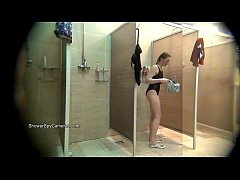 Spy on showering girls caught on real hidden ca...