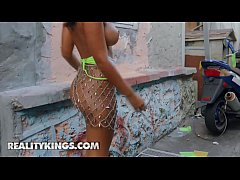 Gorgeous busty latina shakes her bubble butt an...