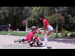 BANGBROS - Kira Noir Heals the Wounded on Brown...