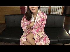 Subtitled amateur Japanese lady in kimono mastu...