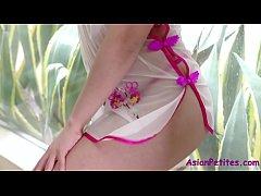 Brunette Asian Loves The White Ride-Cindy Starfall