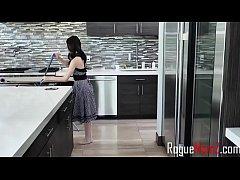 Housekeeper Threesome Dreams- Jenna Ross & Sove...