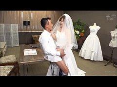 Koizumi Aya wearing a wedding dress