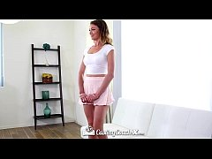 CastingCouch-X - Ariel Winters shows how she li...