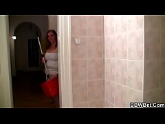 Guy drills her fat cunt in the bathroom