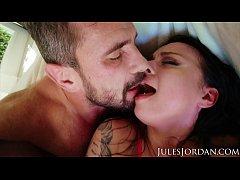 Jules Jordan - Big Tit Slut Payton Preslee Rece...