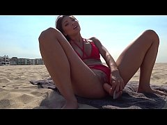 FUCK Asian Lifeguard on the Venice Beach POV\/Pu...
