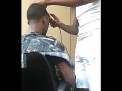 O melhor barbeiro \/ Barber