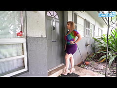 Landlord Sara Jay cums to collect rent at all c...