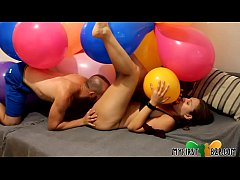 MFB2P Looner Sex - Surprise Balloons Party - Pa...