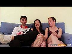 Estefania and her boyfriend want a FFM threesom...