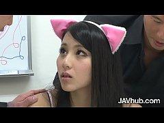 JAVHUB Schoolgirl Ren Azumi fucked by her two t...
