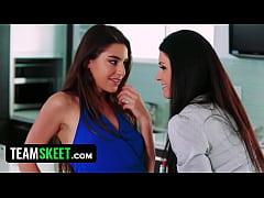 Top Compilation Of Sexy Lesbian Stepmoms Seduci...