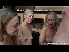 Play full 3GP - Triple Blonde Granny Orgy