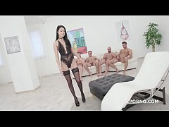 Super Hot Nicole Black 4on1 Balls Deep Anal & D...