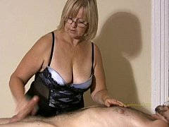 Big titted professional masseuse sensually mass...